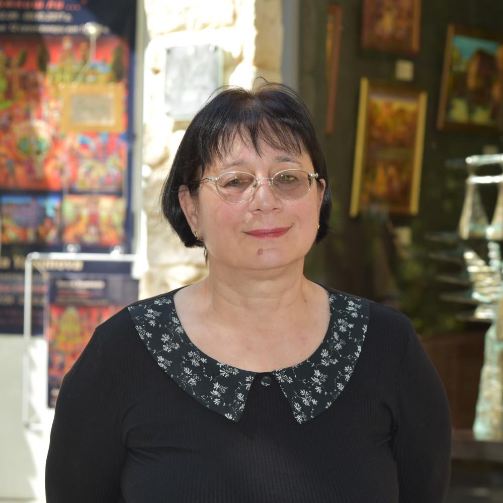 Анета Яламова