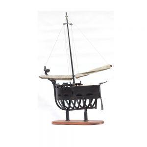 The sailboat of merriment